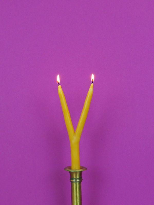 Hochzeitskerze Bienenwachs Handarbeit mehrarmige Kerze zur Hochzeit brennend